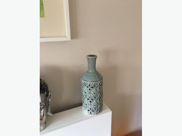 duck egg decorative vase