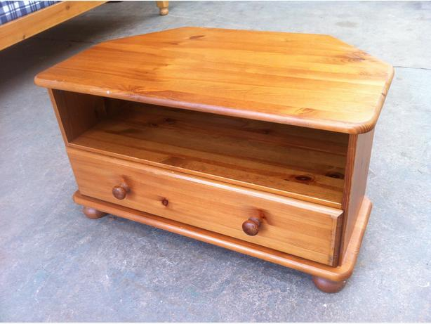 SOLID PINE WOOD TV HiFi \ CABINET WITH DRAWER ~~ CAN DELIVER
