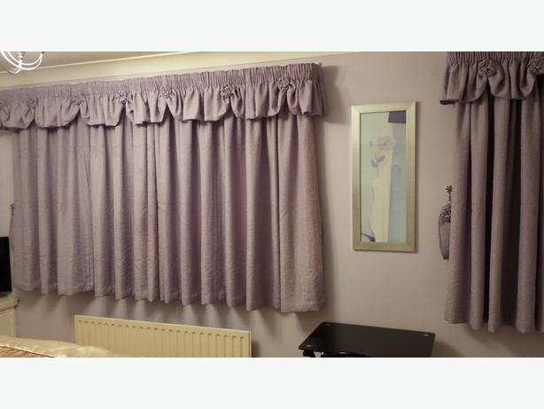 Lilac Pencil Pleat Curtains 2 matching pairs