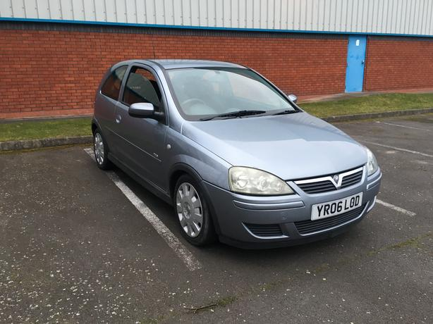 Vauxhall Corsa 1.4 Automatic, 2006 model, has mot, good condition