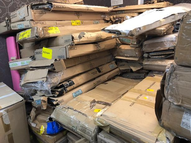 5 pallets Assorted furnitures in flat boxes