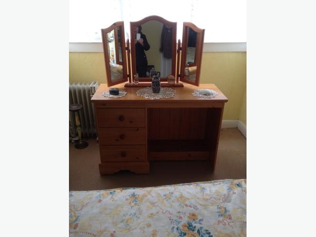 Pine Bedroom Furnature