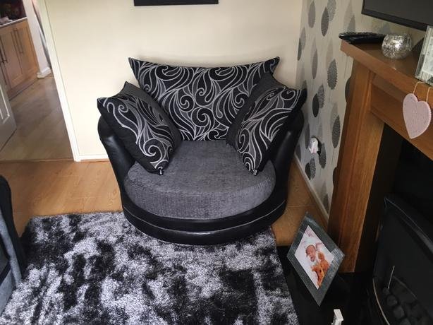 large swivel and 2 seater sofa *like new*