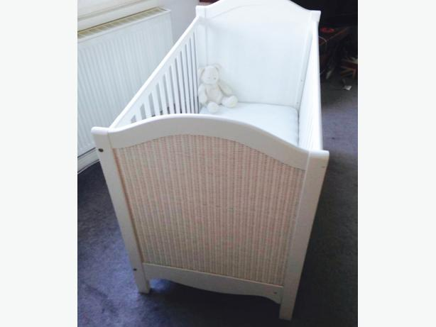 cot/bed by John Lewis like new