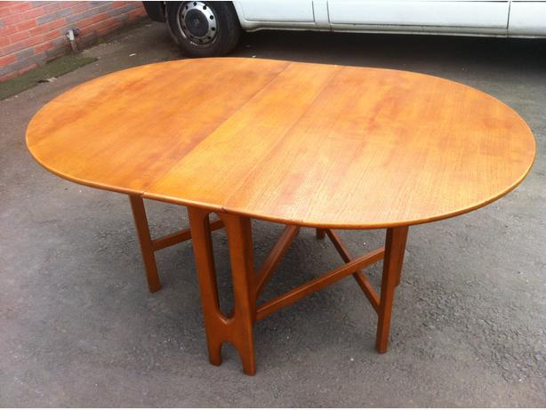 LOVELY 1970s SOLID TEAK WOOD 5ft DROP LEAF DINING TABLE ~~ CAN DELIVER