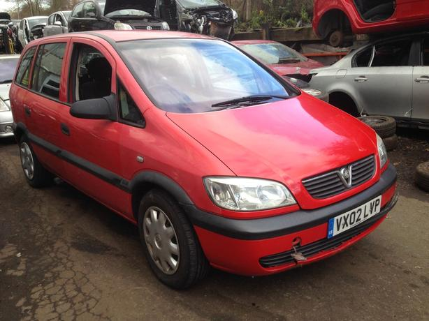 vauxhall zafira 2.0 diesel red 2002 breaking for spares