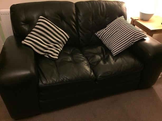 COUSINS leather sofa -gorgeous -halesowen