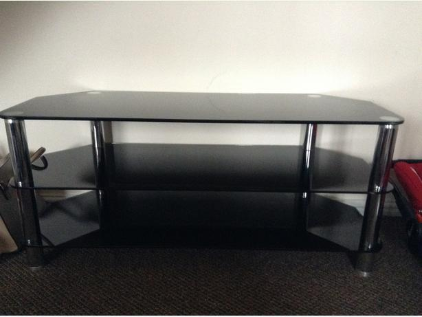 Large black glass tv stan