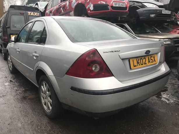 Ford Mondeo 2.0 Diesel 2002 Silver 5dr - Breaking Spares