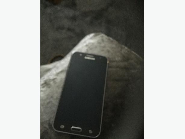 Samsung galaxyj5