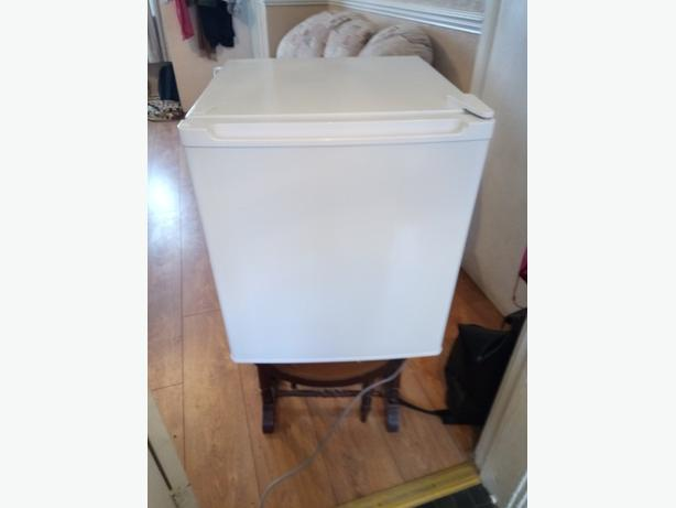table top fridge