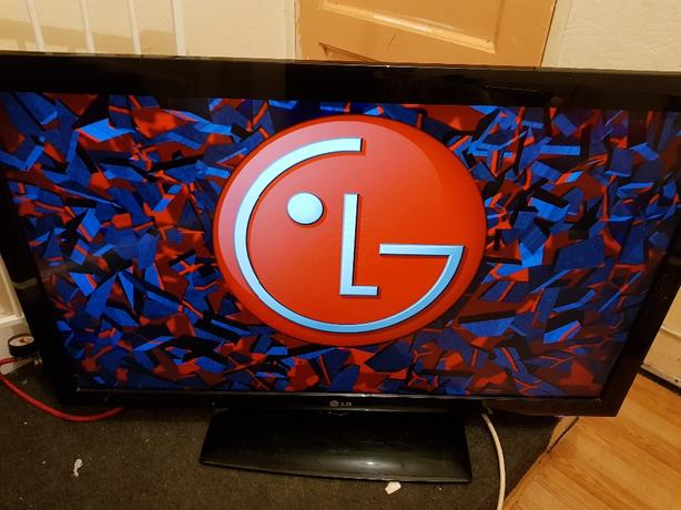 LG 42 inch led tv Full hd 1080p