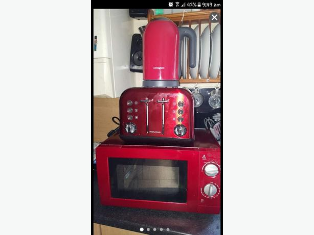 red kitchen set