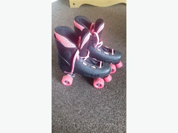 Street 86 sfr skates black and pink size 6