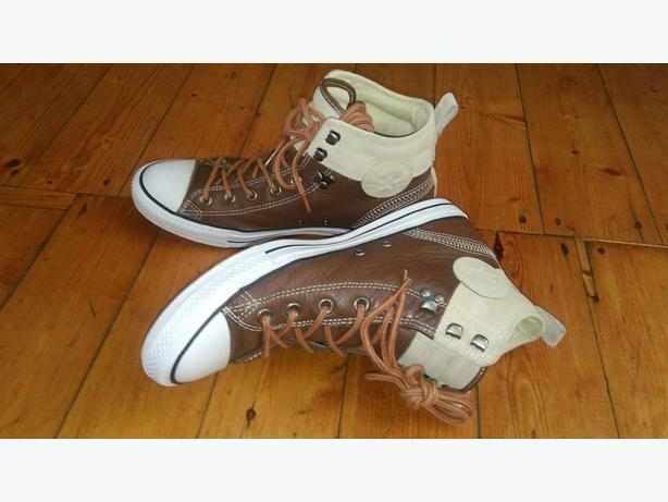 Converse all star high tops size 9.5