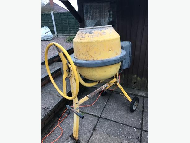 elextric cement mixer