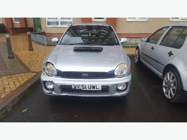 Subaru impreza non turbo 2.0