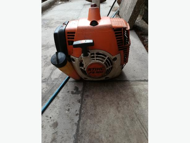 Stihl fs300 heavy duty strimmer