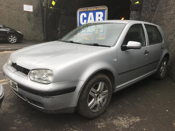 VW Golf 2001 mk4 1.6 Petrol Auto Silver 5dr Breaking Spares *wheel nut*