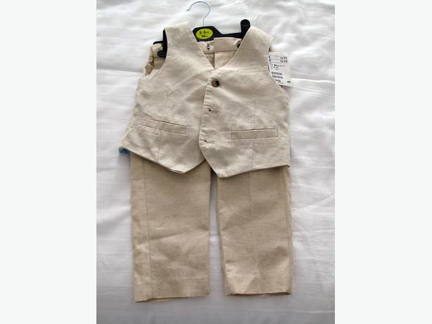 BOYS WEDDING WAISTCOAT AND TROUSERS AGE 2-3 NWT