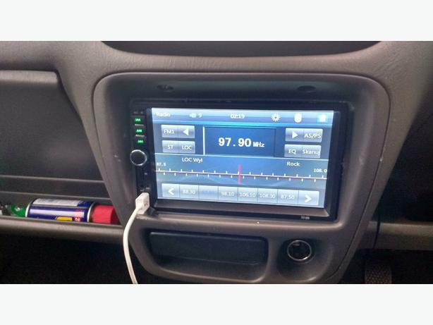 double din touch screen reverse cam an remote boxed