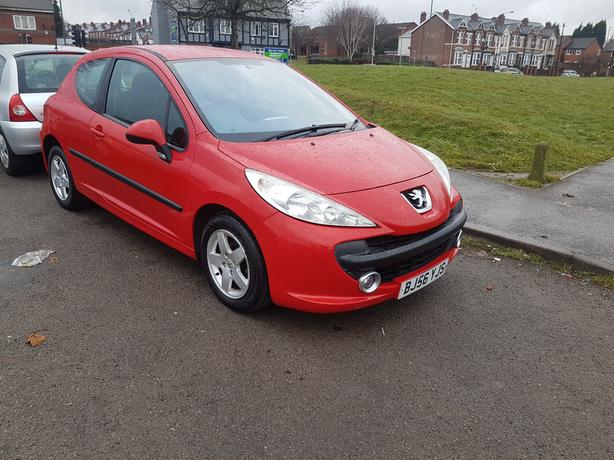 56 REG PEUGEOT 207 1.4 PETROL MOT  MAY LOOKS AND DRIVES GOOD