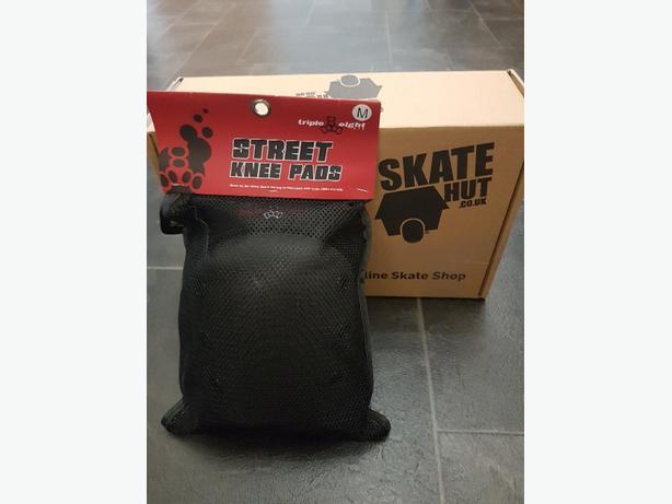 bnwt skate hut knee pads stunt scooters skates etc