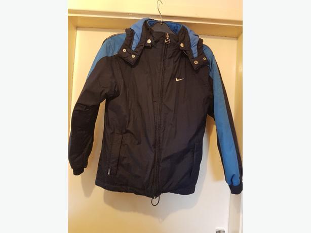 Boys nike hooded coat age 11-12yrs