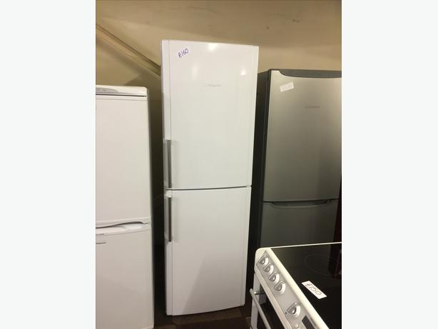 TALL WHITE HOTPOINT FRIDGE FREEZER GOOD CONDITION 🌎🌎PLANET APPLIANCE🌎