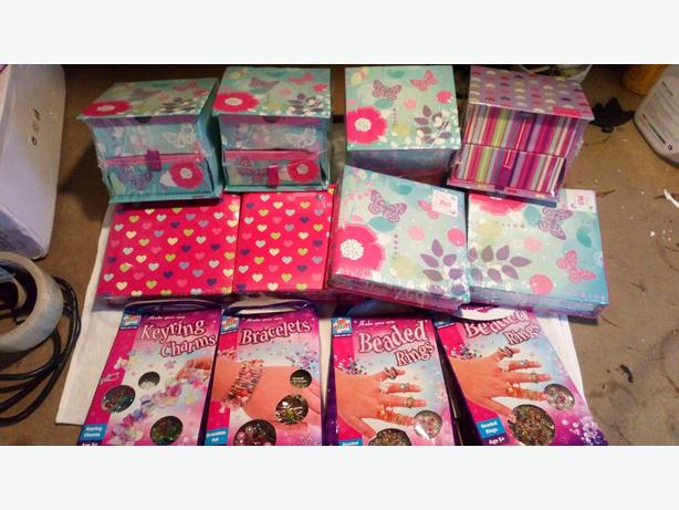gift bags x4