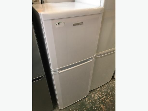 🌎beko fridgefreezer clean and tidy free deilvery