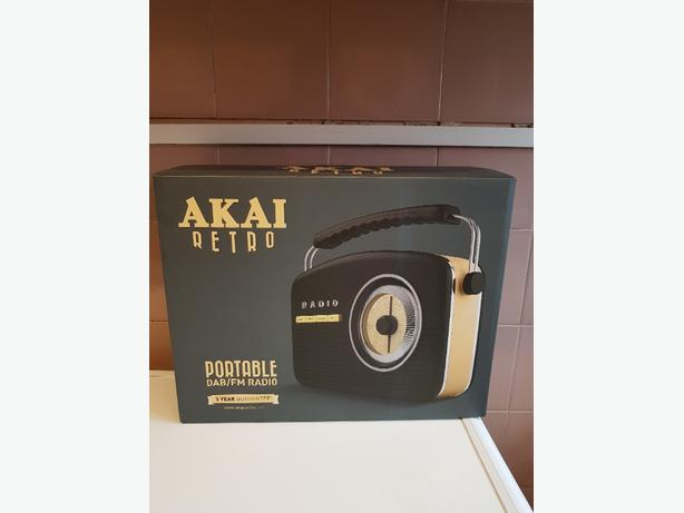 AKAI RETRO RADIO