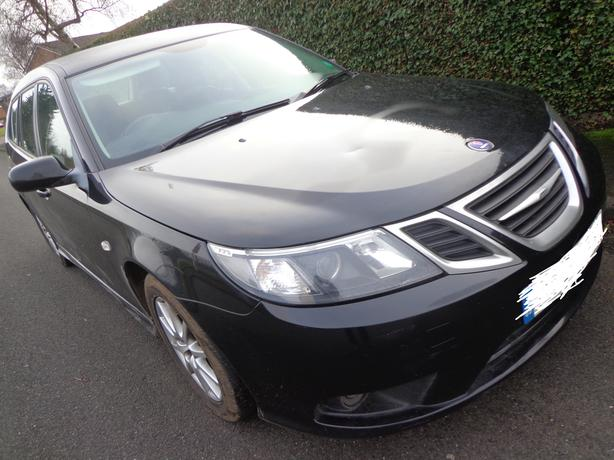 58 reg 6 speed 1 owner black saab 93 diesel estate+mot jan+leathers+psensors