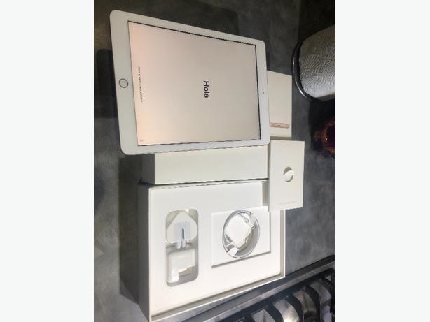 ipad 9.7 inch WI-Fi 32gb - GOLD