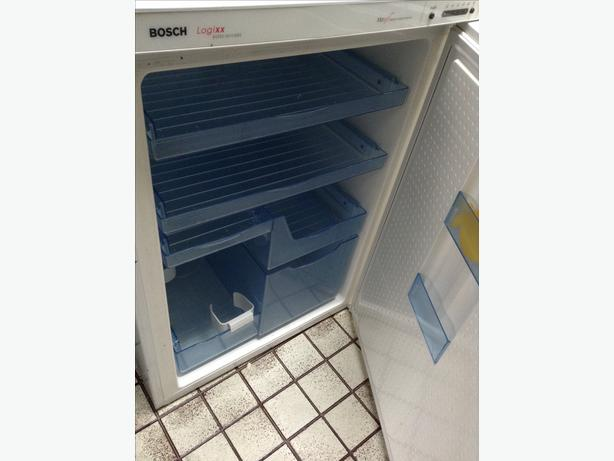 Under-Counter Fridge  (Bosch)