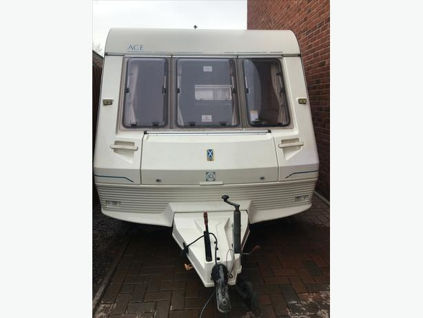 2 BERTH DIPLOMAT WITH FULL AWNING excellent condition