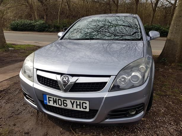 vauxhall vectra 1.8 sri navigation model 06 plate tidy car drives superb