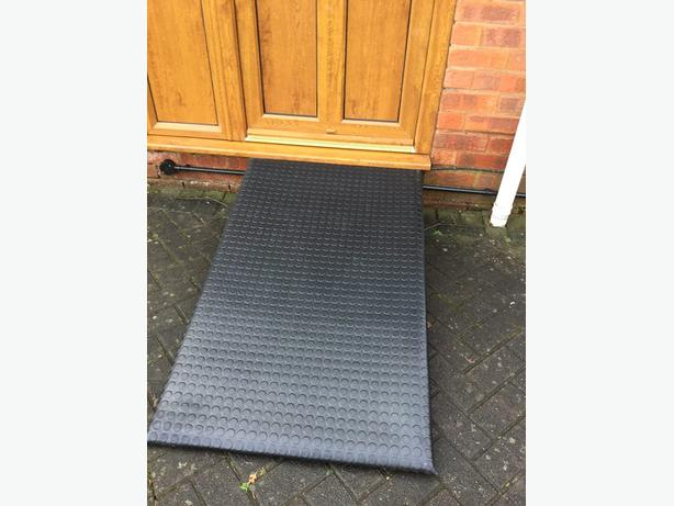 Pet ramp suitable for dogs puppies 48 inches x 29 inches