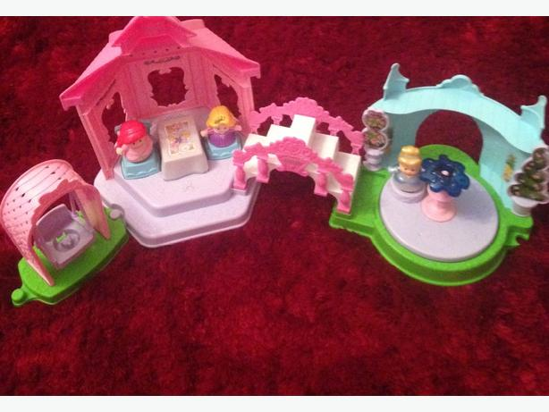 Fisher Price Little People Garden