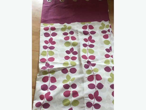 patterned leaf design eyelet curtains