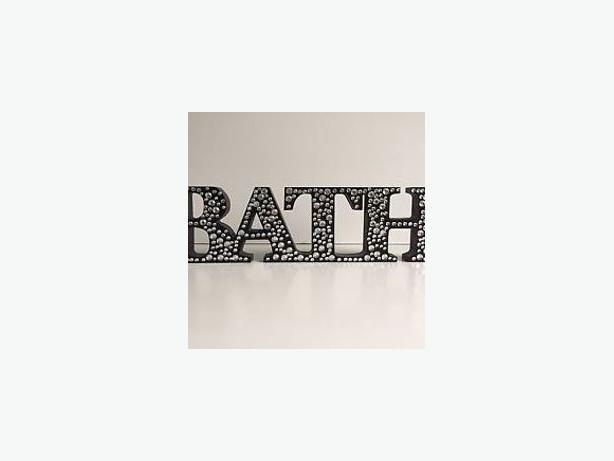 BLACK DIAMANTE BATH & SOAK SIGN - * JUST SOLD *