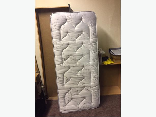 Quality Firm Single Shorty Mattress Good Condition Can Deliver Locally for £5