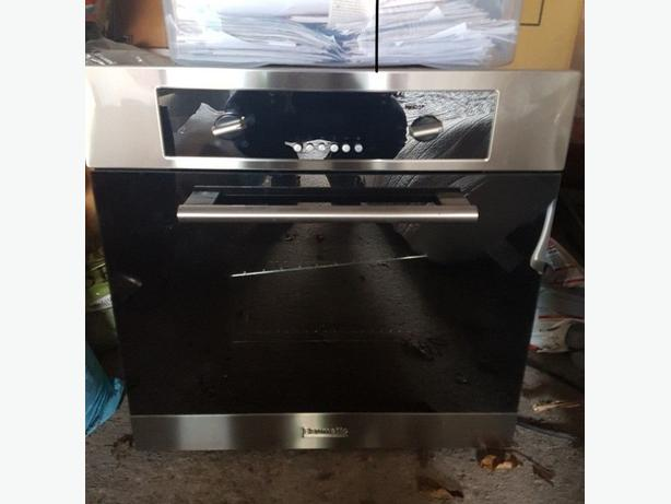 Nice Baumatic Electric Kitchen Oven Good Condition Can Deliver Locally for £5
