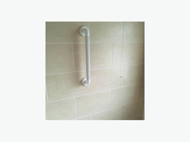 FREE: Modern Tiles for Bathroom or Kitchen
