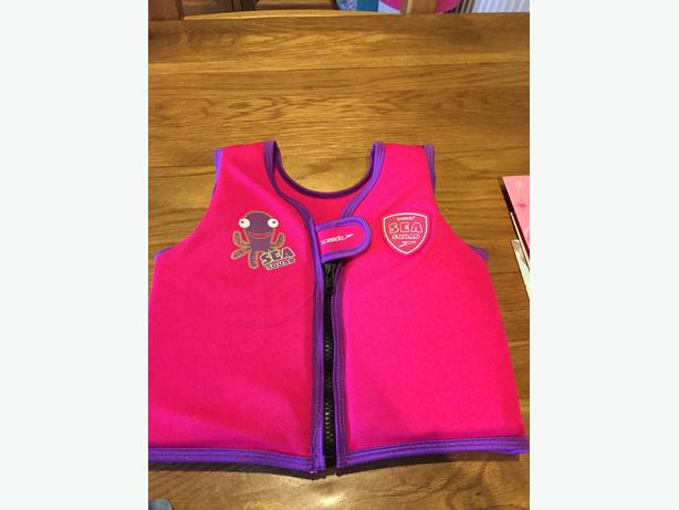 Speedo Seasquad girls swimming vest