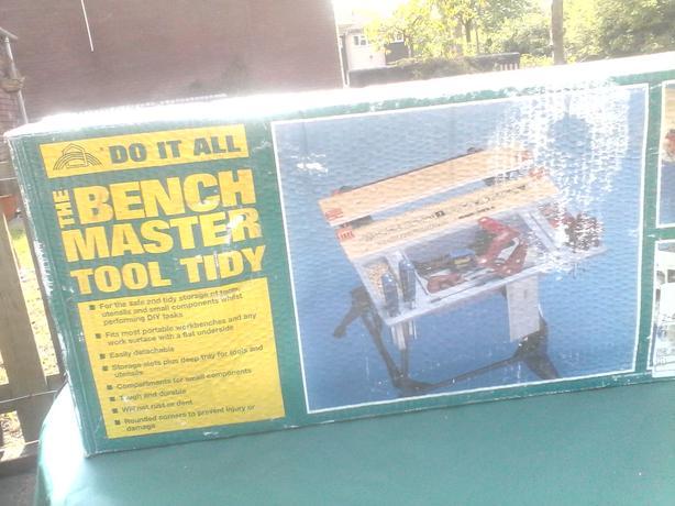 Bench tidy
