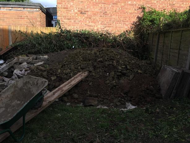FREE: Gardening Soil Good Qualitt for planting or filling Hole