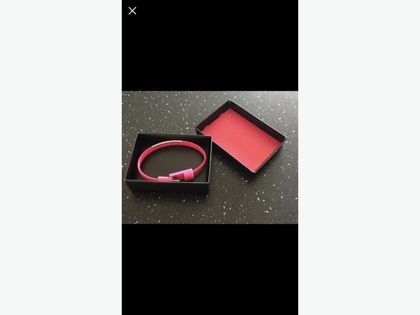 USB wrist bracelet