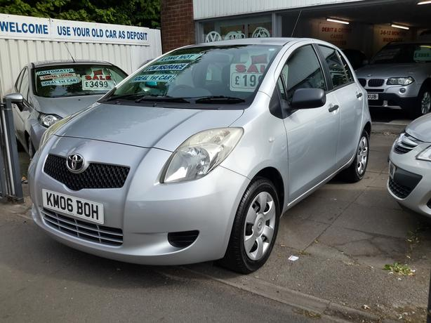TOYOTA YARIS T2 1.0 5 DOOR IDEAL 1ST CAR LONG MOT