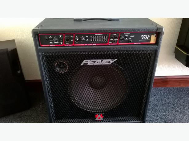 Peavey TNT 115 Bass Amp For Sale